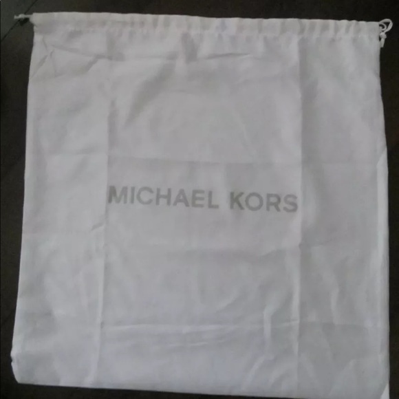 "MICHAEL KORS DUST COVER SILVER LOGO NEW 18"" x 18"""